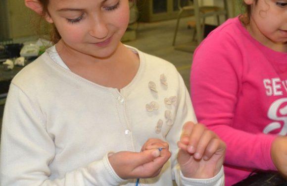Leerlingen secundair organiseren techniek workshops voor jonge uitvinders