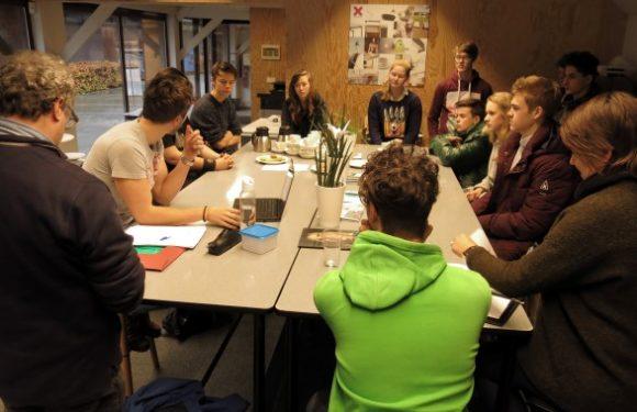 Werkoverleg tussen ontwerpers & makers