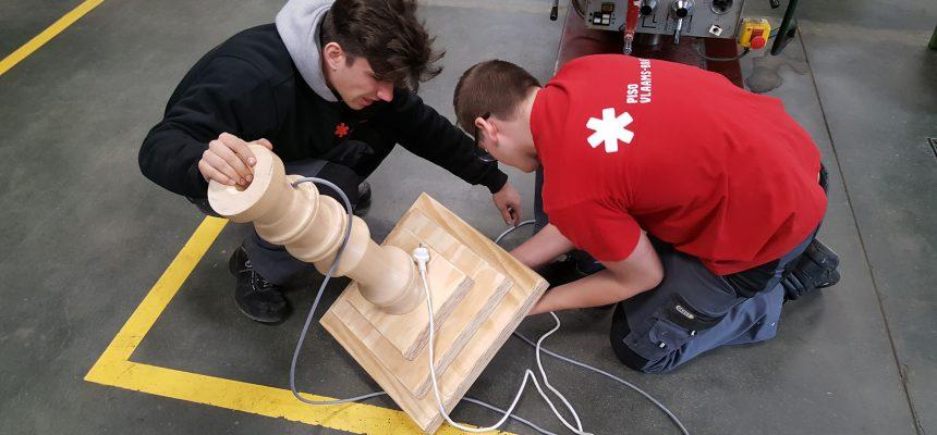 Leerlingen TSO werken aan de bouw van het prototype